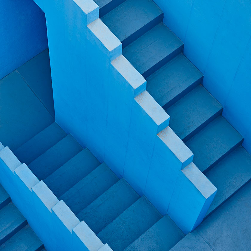 LesPompesFunèbres.com icône colombe Les Pompes Funèbres.com image escaliers obsèques